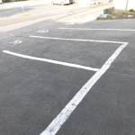 店舗裏駐車場